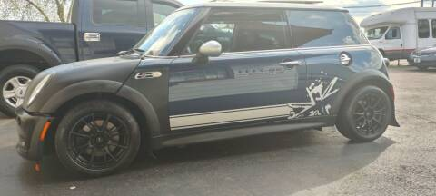 2006 MINI Cooper for sale at Double Take Auto Sales LLC in Dayton OH