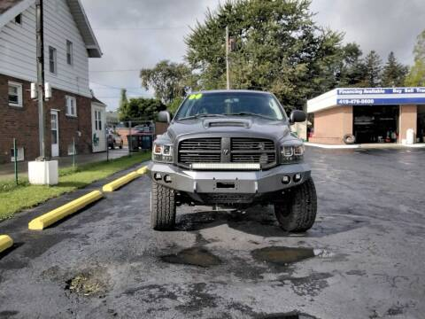 2004 Dodge Ram Pickup 2500 for sale at DTH FINANCE LLC in Toledo OH