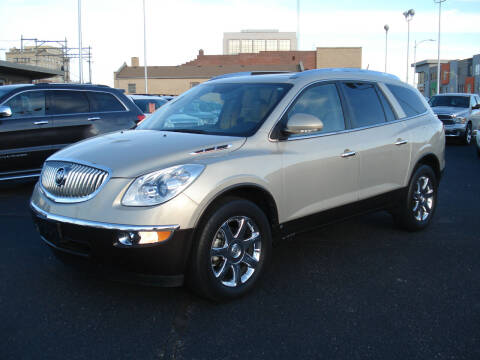 2008 Buick Enclave for sale at Shelton Motor Company in Hutchinson KS