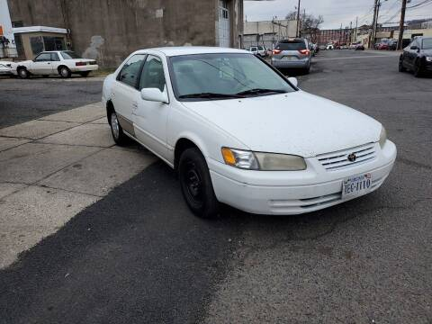 1998 Toyota Camry for sale at O A Auto Sale in Paterson NJ