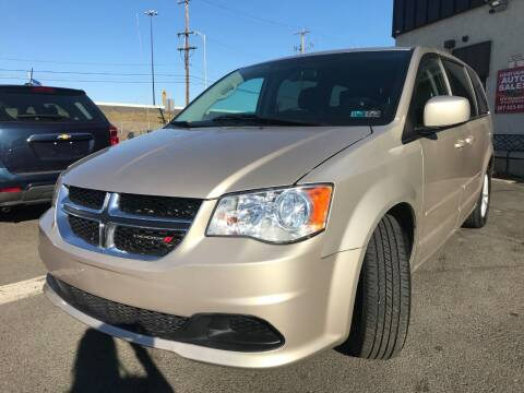 2014 Dodge Grand Caravan for sale at Luxury Unlimited Auto Sales Inc. in Trevose PA