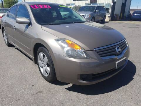 2007 Nissan Altima for sale at BELOW BOOK AUTO SALES in Idaho Falls ID