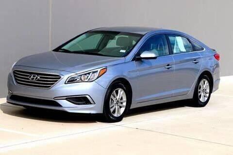 2015 Hyundai Sonata for sale at Auto Hunters in Houston TX
