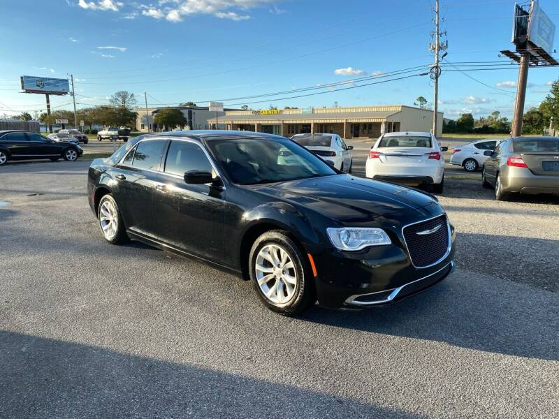2016 Chrysler 300 for sale at Lucky Motors in Panama City FL