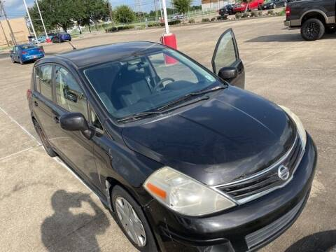 2010 Nissan Versa for sale at FREDY USED CAR SALES in Houston TX