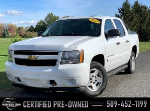 2009 Chevrolet Avalanche for sale at Premier Auto Group in Union Gap WA