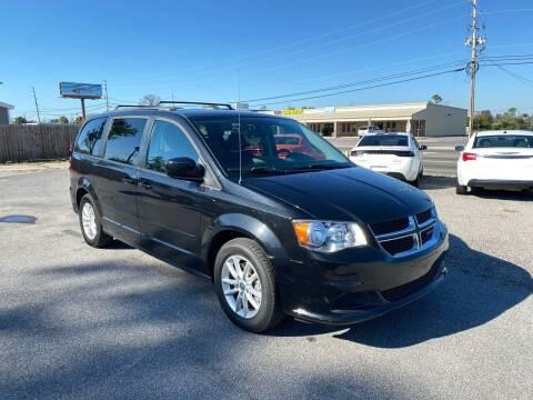 2015 Dodge Grand Caravan for sale at Lucky Motors in Panama City FL