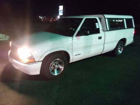 2001 Chevrolet S-10 for sale at AFFORDABLE DISCOUNT AUTO in Humboldt TN