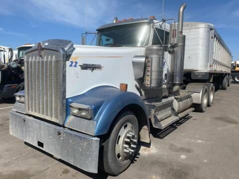 1999 Kenworth W900 for sale at Ray and Bob's Truck & Trailer Sales LLC in Phoenix AZ
