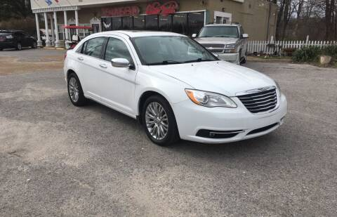 2013 Chrysler 200 for sale at Townsend Auto Mart in Millington TN