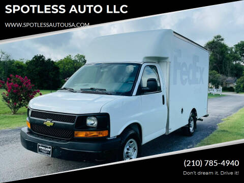 2015 Chevrolet Express Cutaway for sale at SPOTLESS AUTO LLC in San Antonio TX