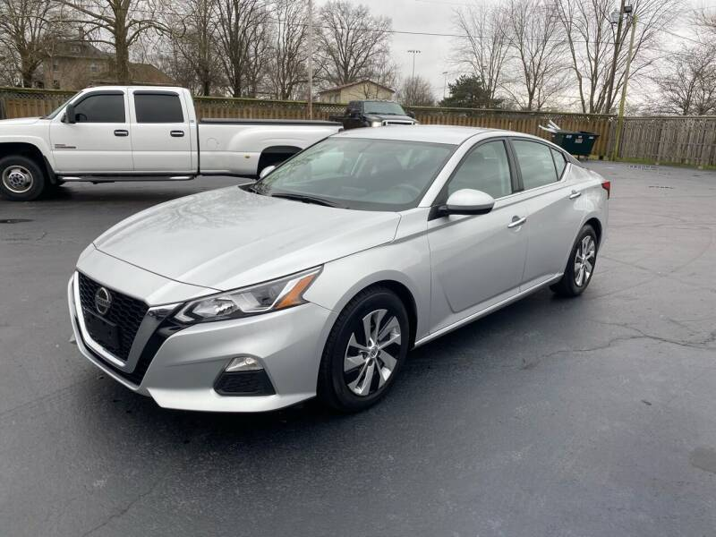 2019 Nissan Altima for sale at CarSmart Auto Group in Orleans IN