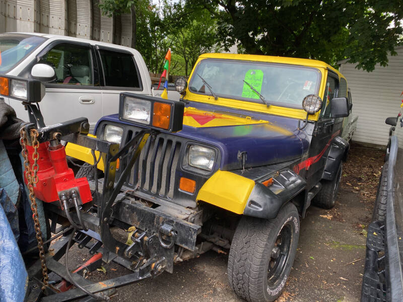 1994 Jeep Wrangler for sale at Drive Deleon in Yonkers NY