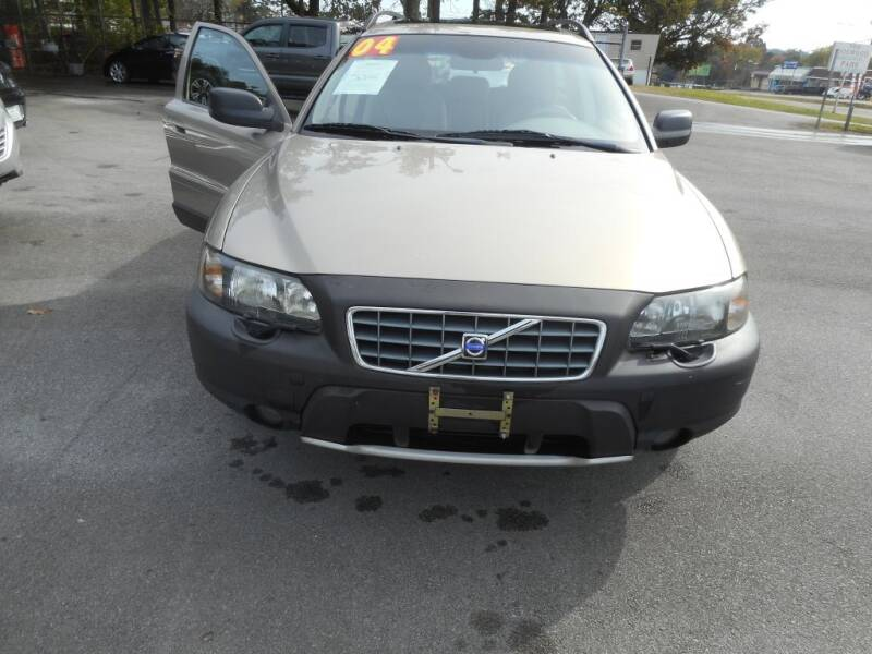 2004 Volvo XC70 for sale at Elite Motors in Knoxville TN