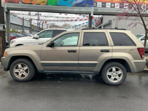 2005 Jeep Grand Cherokee for sale at GLOBAL MOTOR GROUP in Newark NJ