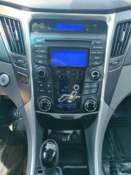 2013 Hyundai Sonata Hybrid 4dr Sedan - Schoolcraft MI