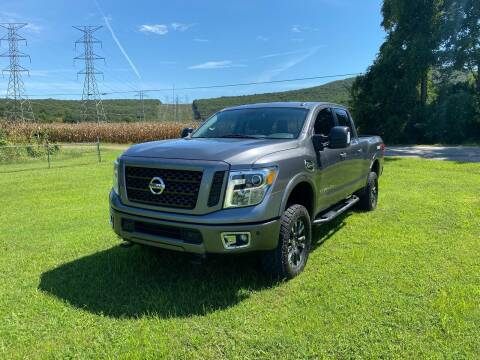 2016 Nissan Titan XD for sale at Tennessee Valley Wholesale Autos LLC in Huntsville AL