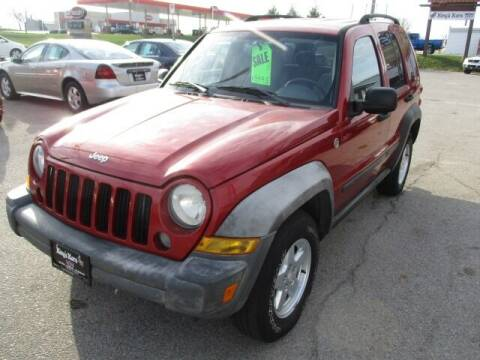 2006 Jeep Liberty for sale at King's Kars in Marion IA