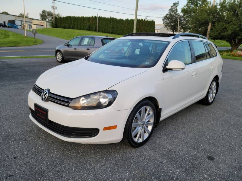 2011 Volkswagen Jetta for sale at John Huber Automotive LLC in New Holland PA