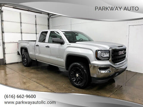 2017 GMC Sierra 1500 for sale at PARKWAY AUTO in Hudsonville MI