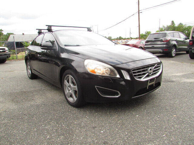 2012 Volvo S60 for sale at Auto Outlet Of Vineland in Vineland NJ