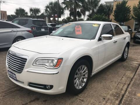2013 Chrysler 300 for sale at Discount Auto Company in Houston TX
