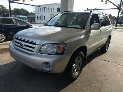 2007 Toyota Highlander for sale at ROBINSON AUTO BROKERS in Dallas NC