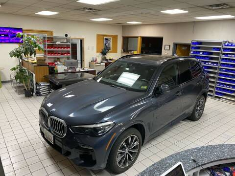 2019 BMW X5 for sale at FIESTA MOTORS in Hagerstown MD