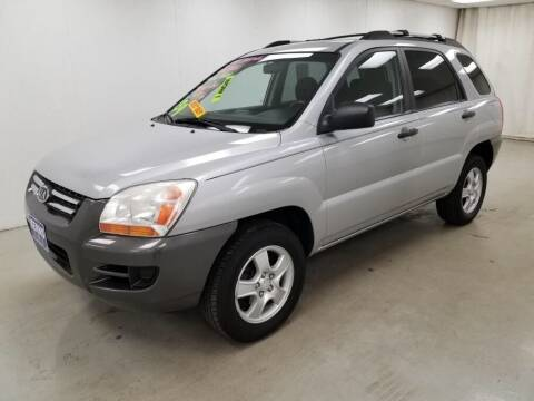 2007 Kia Sportage for sale at Kerns Ford Lincoln in Celina OH