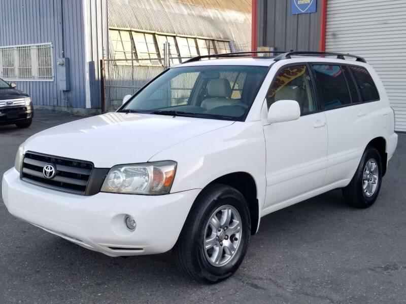 2006 Toyota Highlander for sale at California Auto Deals in Sacramento CA