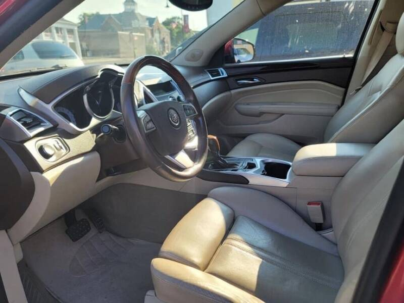 2010 Cadillac SRX for sale at Claborn Motors, INC in Cambridge City IN