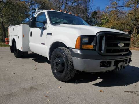 2006 Ford F-350 Super Duty for sale at Thornhill Motor Company in Lake Worth TX