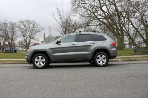 2012 Jeep Grand Cherokee for sale at Lexington Auto Club in Clifton NJ