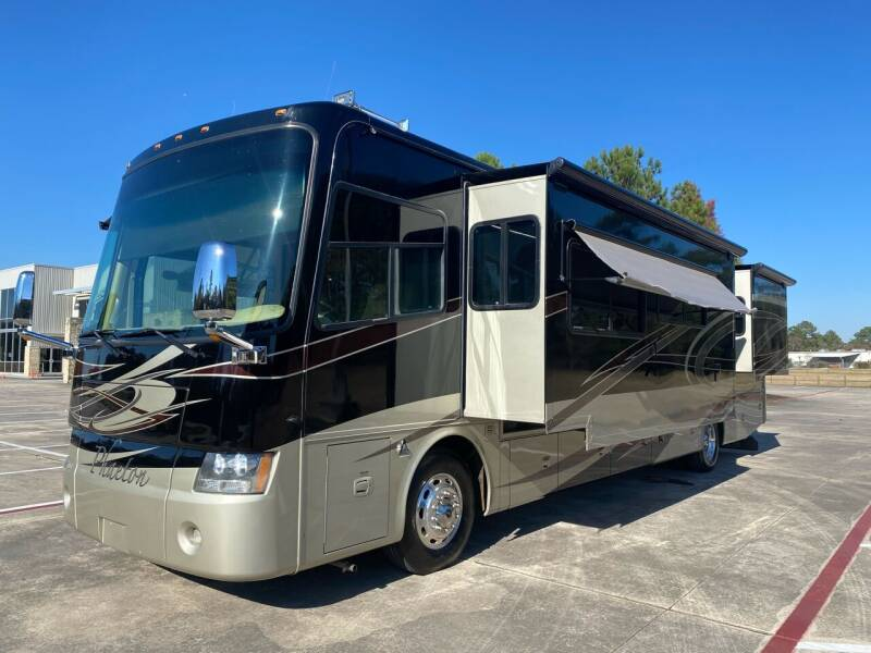 2009 Tiffin Phaeton 40, Cummins Diesel for sale at Top Choice RV in Spring TX