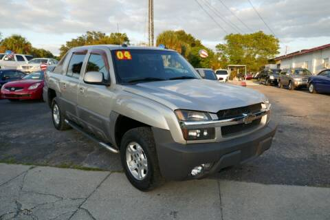2004 Chevrolet Avalanche for sale at J Linn Motors in Clearwater FL