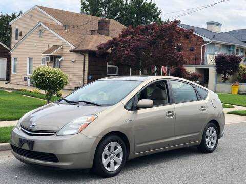 2008 Toyota Prius for sale at Reis Motors LLC in Lawrence NY