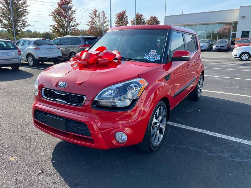 2013 Kia Soul for sale at Charlotte Auto Group, Inc in Monroe NC