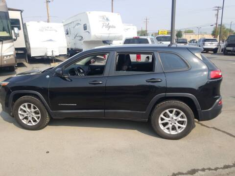 2014 Jeep Cherokee for sale at Freds Auto Sales LLC in Carson City NV