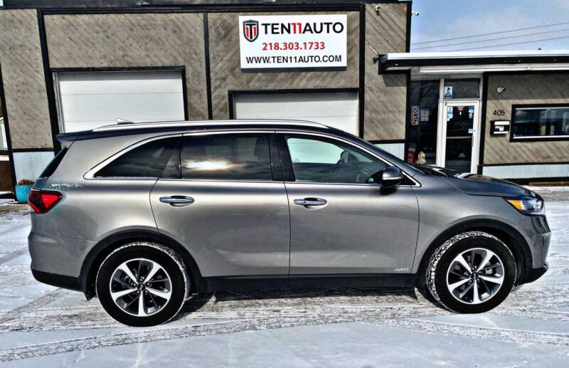 2019 Kia Sorento for sale at Ten 11 Auto LLC in Dilworth MN