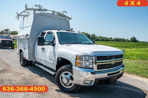 2010 Chevrolet Silverado 3500HD for sale at Fruendly Auto Source in Moscow Mills MO