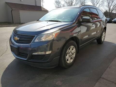 2014 Chevrolet Traverse for sale at MIDWEST CAR SEARCH in Fridley MN
