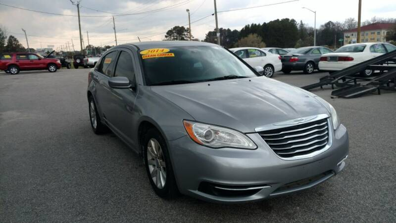 2014 Chrysler 200 for sale at Kelly & Kelly Supermarket of Cars in Fayetteville NC
