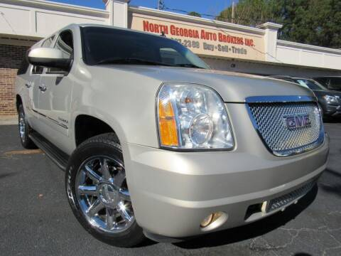 2010 GMC Yukon XL for sale at North Georgia Auto Brokers in Snellville GA