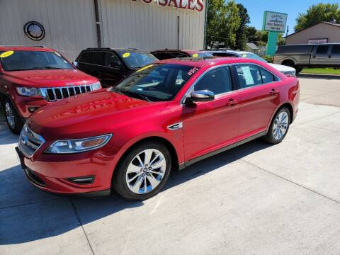 2010 Ford Taurus for sale at De Anda Auto Sales in Storm Lake IA