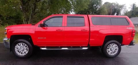 2017 Chevrolet Silverado 2500HD for sale at R & D Auto Sales Inc. in Lexington NC