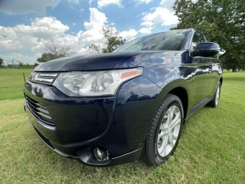2014 Mitsubishi Outlander for sale at Carz Of Texas Auto Sales in San Antonio TX