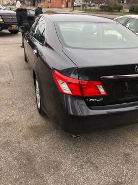 2009 Lexus ES 350 for sale at Mike's Auto Sales in Rochester NY