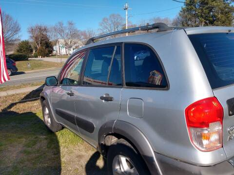 2002 Toyota RAV4 for sale at Delgato Auto in Pittsboro NC