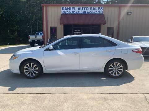 2015 Toyota Camry for sale at Daniel Used Auto Sales in Dallas GA