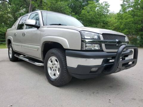 2006 Chevrolet Avalanche for sale at Thornhill Motor Company in Lake Worth TX